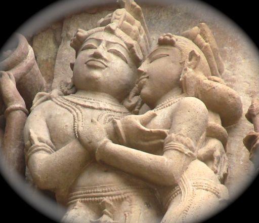maithuna-in-khajuraho